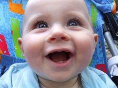 Немає зубів в 9 місяців