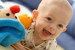 Зуби у дитини в 9 місяців