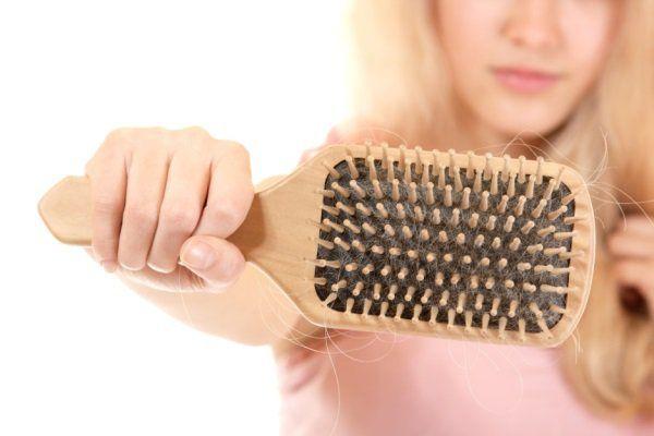 Вибираємо найкращі засоби від випадіння волосся